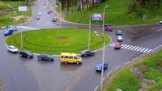 Правила движения на перекрестках собираются изменить в России на примере хотьково.jpg